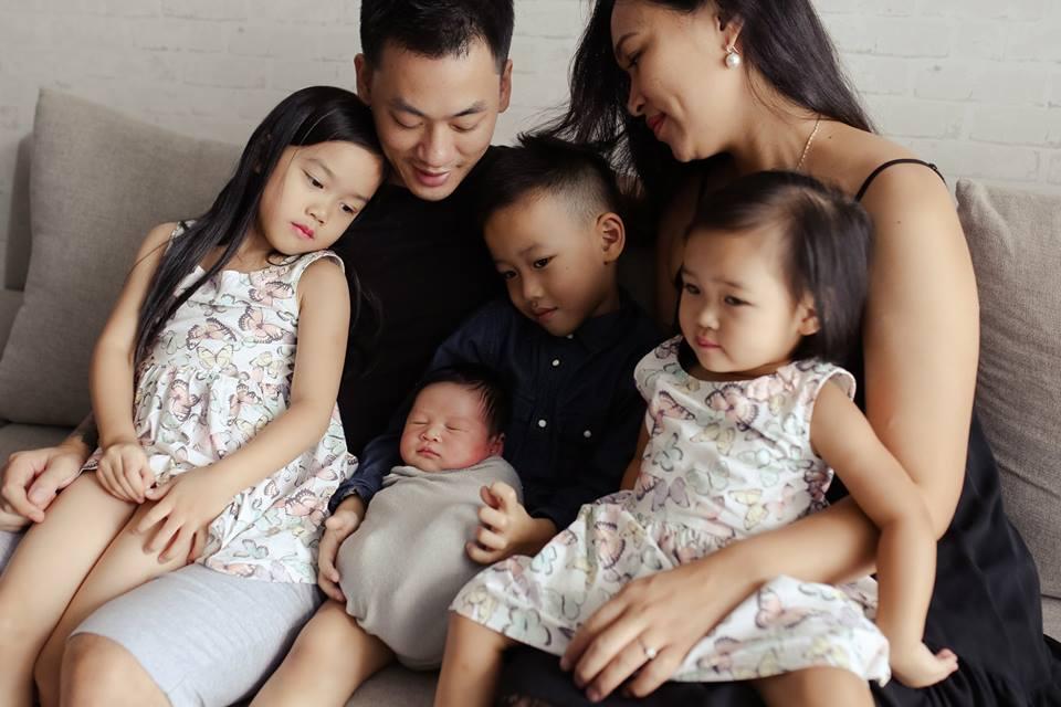 chân dung gia đình tại nhà 2